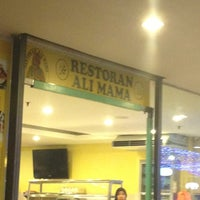 Photo taken at Restoran Ali Mama by Ahmad R. on 3/29/2013