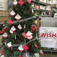 Photo taken at BJ's Wholesale Club by Petrona Z. on 12/10/2015