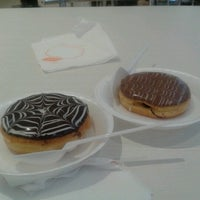 Photo taken at Mad Over Donuts by jade d. on 11/3/2012