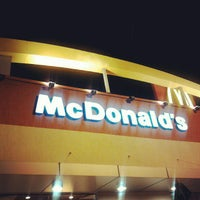 Photo taken at McDonald's by Lenon C. on 9/20/2012