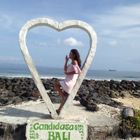 Photo taken at Pantai Candidasa by Aida A. on 6/20/2016