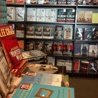 Photo taken at Barnes & Noble by Emily R. on 11/12/2012