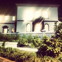 Photo taken at Touro Synagogue by Alex on 8/18/2013