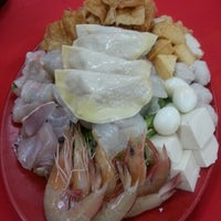 Photo taken at Ketam Steamboat Seafood by Jane S. on 11/18/2012