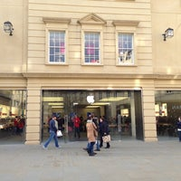 Photo taken at Apple Store, SouthGate by Lukas K. on 12/9/2012