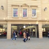 Photo taken at Apple SouthGate by Lukas K. on 12/9/2012