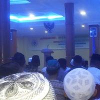 Photo taken at Universitas Muhammadiyah Sumatera Utara (UMSU) by Soer K. on 8/24/2014