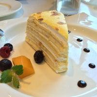 Photo taken at Charme Restaurant 港丽餐厅 by Iris on 3/24/2015