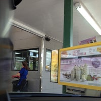 Photo taken at SONIC Drive In by Noe on 4/17/2013