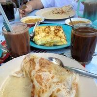 Photo taken at Restoran Spicy Kitchen by Jue G. on 11/3/2012