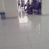 Photo taken at Program Studi Pendidikan Dokter Gigi by Moirel M. on 3/14/2014