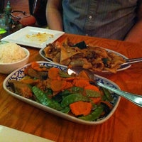 Photo taken at Thai Arroy Restaurant by KαÖωWɑäη on 10/12/2014