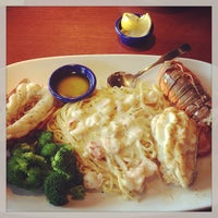 Photo taken at Red Lobster by Vivian A. on 2/13/2013