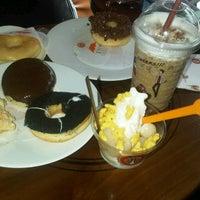 Photo taken at J.Co Donuts & Coffee by Ika Putri K. on 12/24/2012