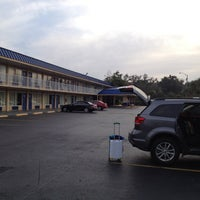 Photo taken at Days Inn Orlando Midtown by Fevzi T. on 1/22/2013