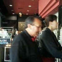 Photo taken at IL Mondo della Pizza by Marcelo S. on 11/16/2011