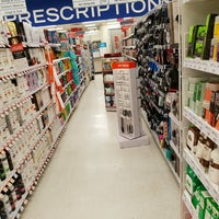Photo taken at Shoppers Drug Mart by Richard on 11/6/2016