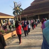 Photo taken at Pejabat Setiausaha Kerajaan (SUK) Negeri Kelantan by Maie on 5/12/2016