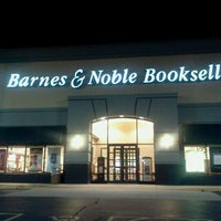Photo taken at Barnes & Noble by Michael W. on 9/26/2012