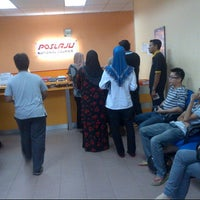 Photo taken at POSLAJU National Courier by Anonimursi S. on 12/5/2012