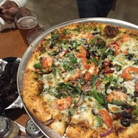 Photo taken at Edgewood Pizza by Neill D. on 10/31/2015