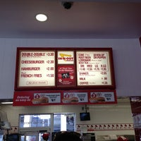 Photo taken at In-N-Out Burger by Eric A. on 12/4/2012