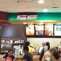 Photo taken at Krispy Kreme by Glenn L. on 11/9/2012