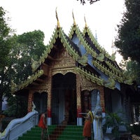 Photo taken at Wat Phan Waen by Yuri ~. on 9/11/2015