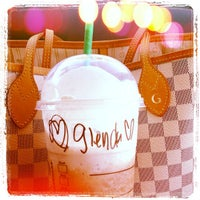 Photo taken at Starbucks by vici0us s. on 6/16/2013