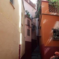 Photo taken at Callejón del Beso by Gamaliel G. on 1/13/2013