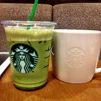 Photo taken at Starbucks by Khun ⒶⓄⓂ ja ♩♪♫ on 9/20/2012