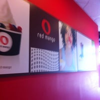 Photo taken at Red Mango by Tina A. on 10/17/2014