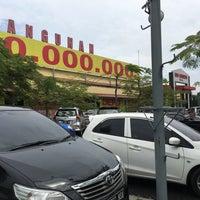 Photo taken at Depo Bangunan by Jefriando C. on 6/19/2016