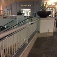 Photo taken at Tiffany & Co. by toisan on 2/23/2016