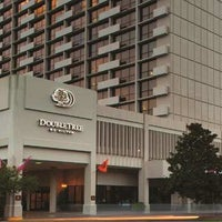Photo taken at DoubleTree by Hilton Hotel Tallahassee by Milestone Internet Marketing on 2/21/2014