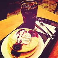 Photo taken at TULLY'S COFFEE トレアージュ白旗店 by 琳堂 r. on 3/14/2013