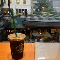 Photo taken at Starbucks Coffee 大阪ガーデンシティ店 by Junpei H. on 11/5/2012