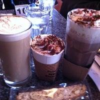 Photo taken at Green Bean Coffee Co. by Cezmi A. on 12/23/2012