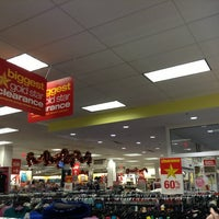 Photo taken at Kohl's by Mafer E. on 12/29/2012