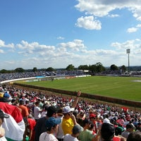 Photo taken at Estádio Vermelhão da Serra by Jeferson L. on 3/31/2013