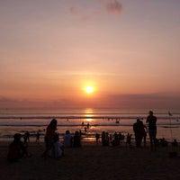Photo taken at Pantai Kuta (Kuta Beach) by Nanang A. on 9/29/2012