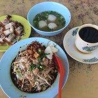 Photo taken at Restoran Kim Seng (金星茶餐室) by Ps C. on 1/28/2015