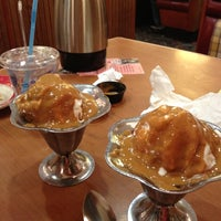 Photo taken at Friendly's by JustDeeDee T. on 11/29/2012
