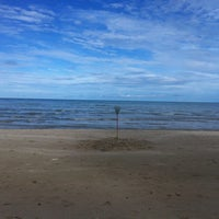 Photo taken at Layang-layangan Beach by Zul helmie Z. on 12/9/2012