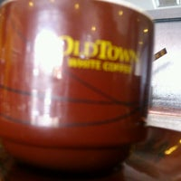 Photo taken at OldTown White Coffee by Badrul H. on 10/26/2012
