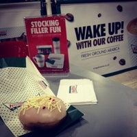 Photo taken at Krispy Kreme by Ana Carolina S. on 11/19/2012