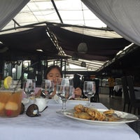 Photo taken at The Peak Resort Dining by  Rully A. on 7/15/2016