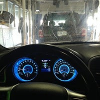 Photo taken at Cactus Car Wash by Rodrigo T. on 11/16/2013