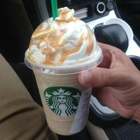 Photo taken at Starbucks by Moises on 4/10/2013