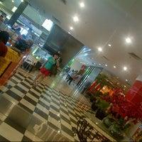 Photo taken at Plaza Surabaya by Grace R. on 12/27/2012